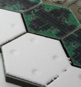 Test of snow removal - some panels are being heated, while others have their heating turned off.